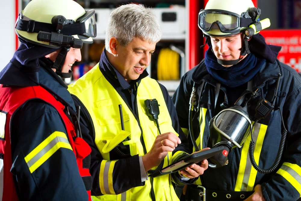 Firefighters Using Dell Latitude 7220 Rugged Extreme Tablet