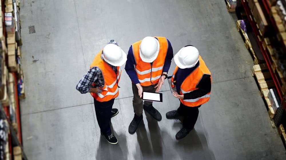 warehouse using Samsung Galaxy Tab Active 3 tablet